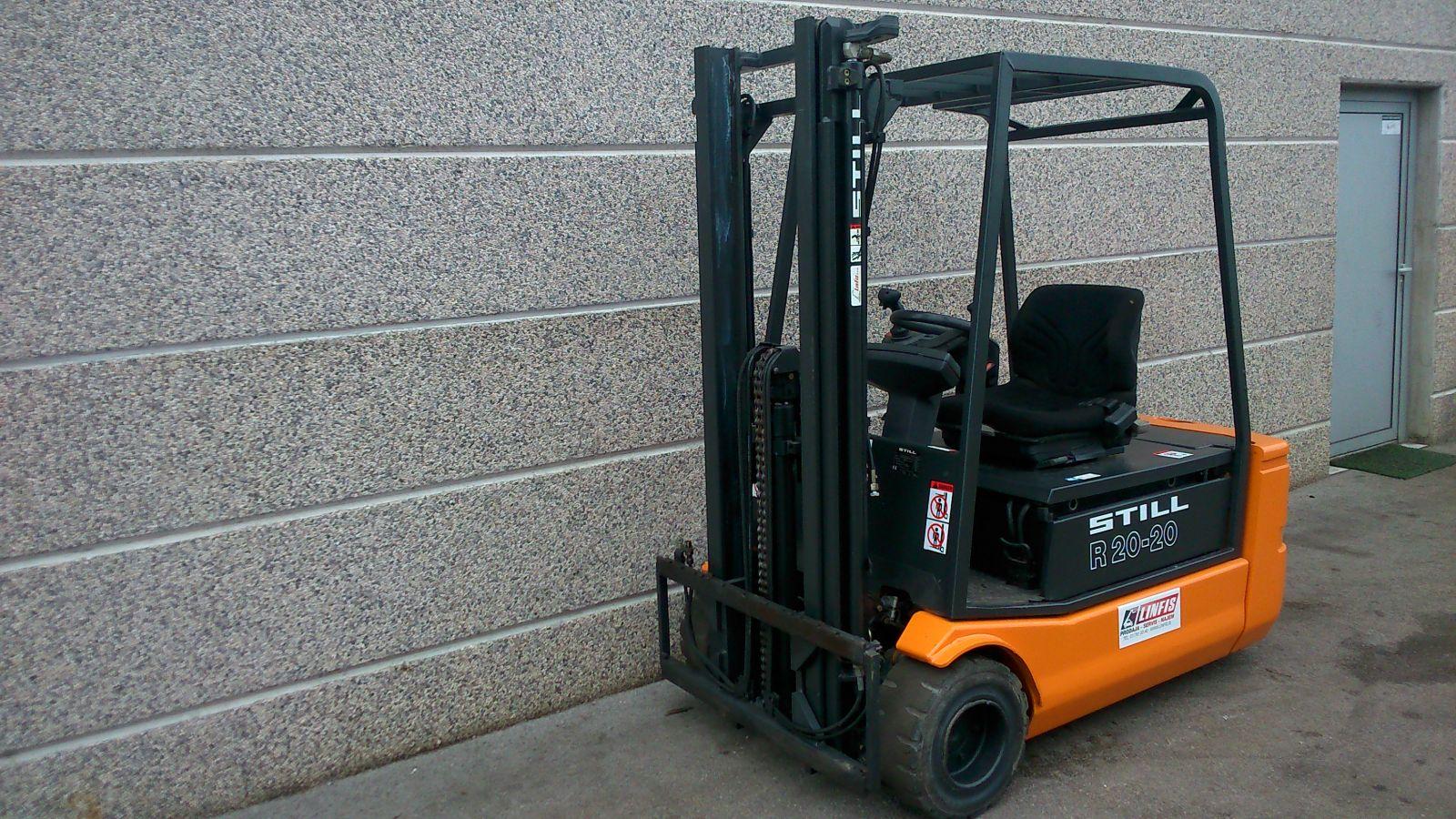 rabljen-Obnovljen-električni-viličar-STILL-model-R20-20