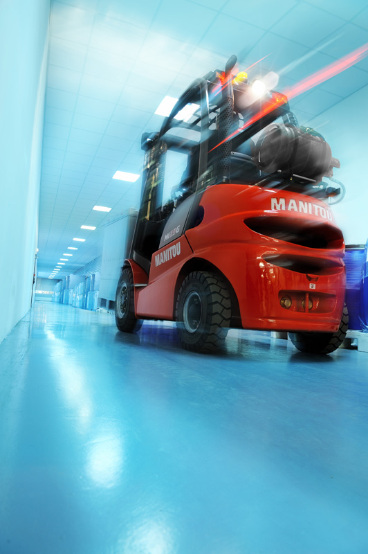 Diesel-in-plinski-industrijski-viličarji-MI_15-18_Manitou