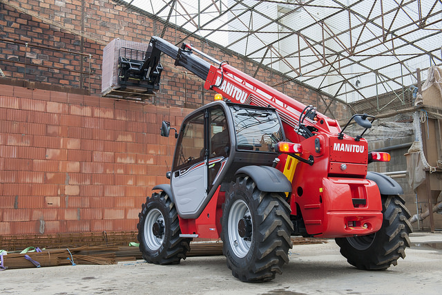 Teleskopski viličar Manitou, model MT 932 Easy